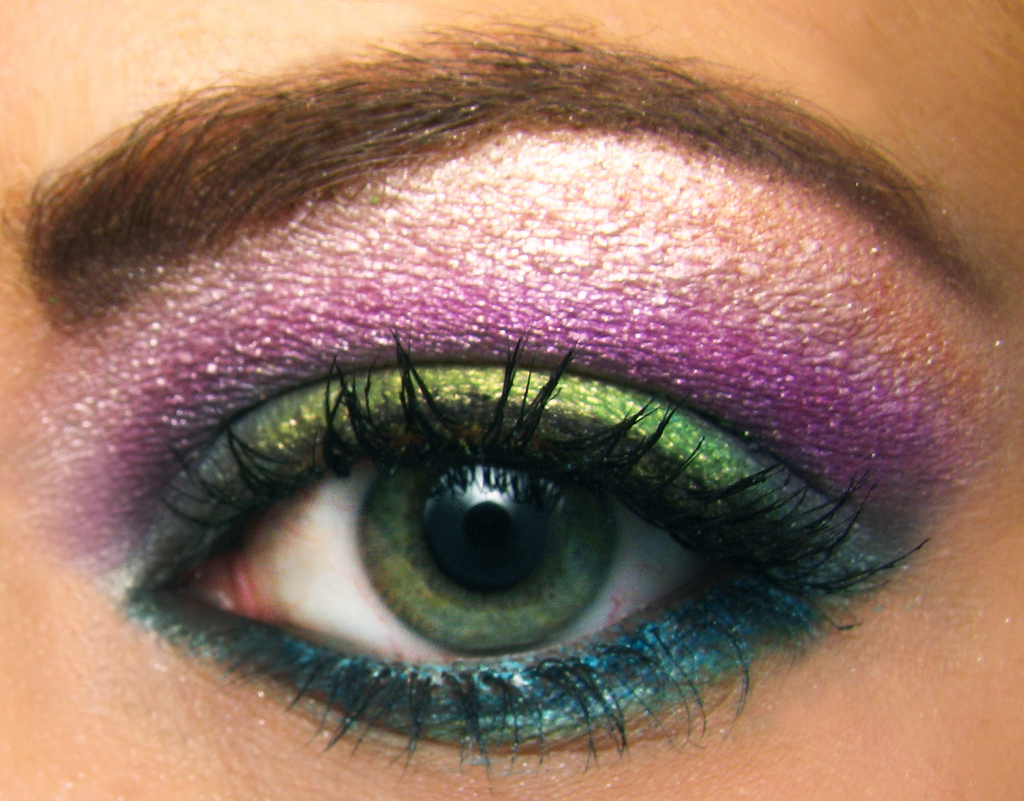 Eye Make-Up to Suit Your Eye Shape