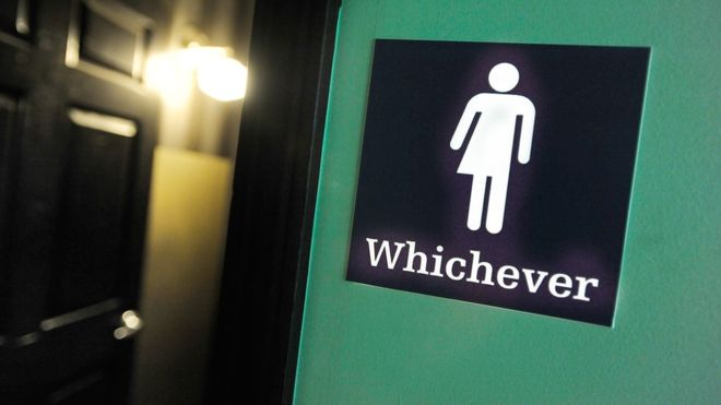Transgender toilet use: US schools 'must respect gender identity'